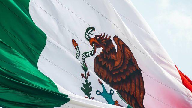 mexiko-flagga-narbild.jpg
