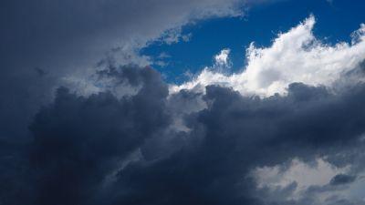 morka-moln-himmel.jpg
