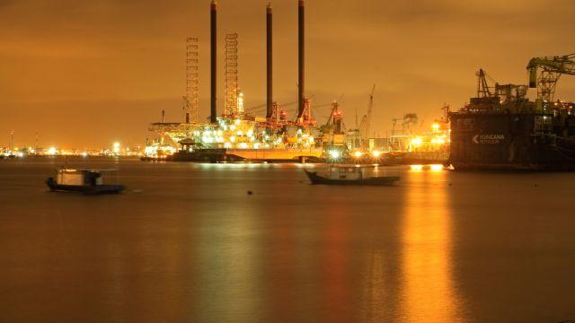 oljeraffinaderi-1.jpg