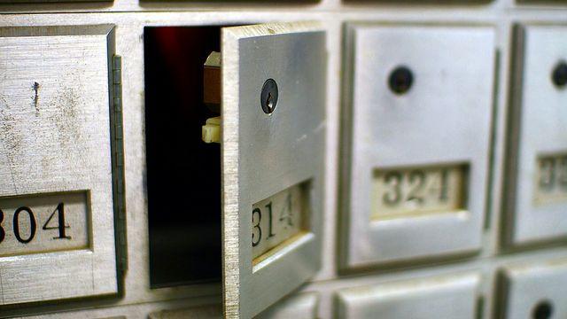 postbox-av-martin-cathrae.jpg