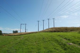 Fortsatt höga elpriser trots vårvärmen