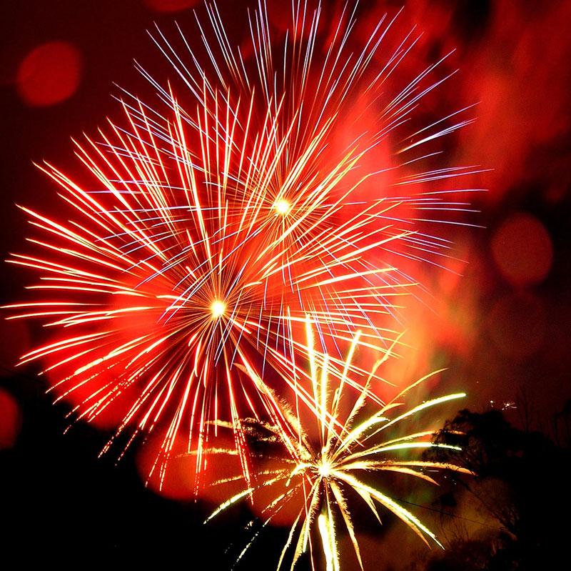 Diwali - Festival i Indien med fyrverkeri och guld