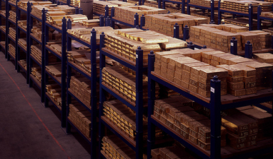 Smart money is rightfully turning to gold
