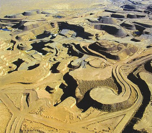 Gruva för råvaran uran