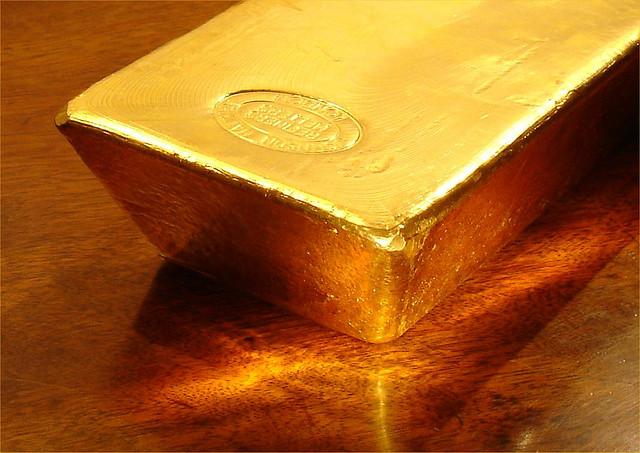 Glänsande guldtacka