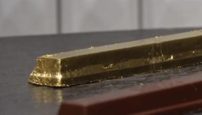 Kit Kat med ett lager av guld