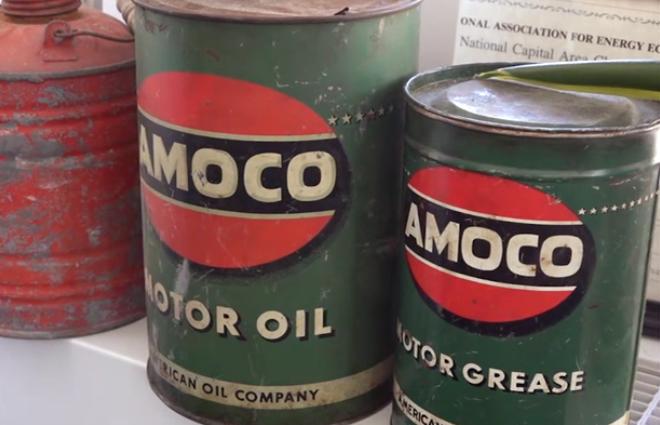 Oljefat med olja från Amaco