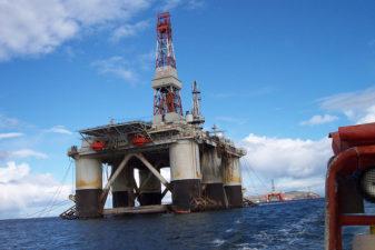 IEA säger att USA kommer bli världens största oljeproducent