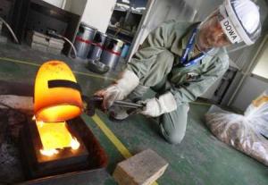 Råvara görs redo i Kina