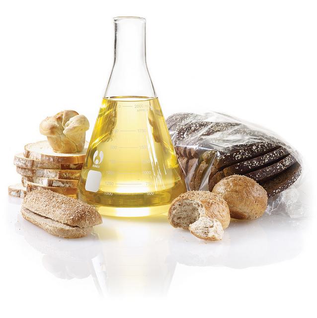Olja av sojabönor i glas