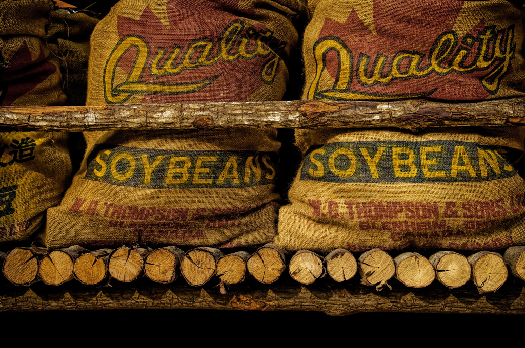 Sojabönor i säckar