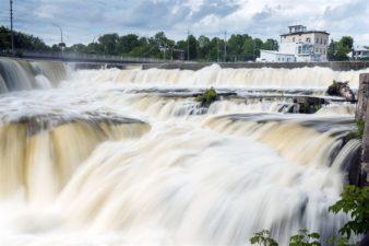 Vårfloden har kommit igång men pressar inte elpriset än