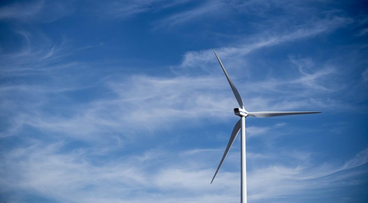 vindkraft-bla-himmel.jpg